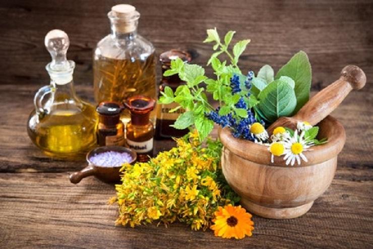 Öle -Zum bekennenden Ölfreak bin ich während meiner Ausbildung zur Ayurveda-Spezialistin geworden.Die Vorteile pflanzlicher Öle in der Kosmetik!