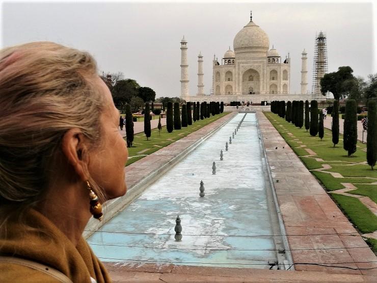 """Agra wird als die dreckigste Stadt Rajasthans bezeichnet. Ich kann dem nicht unbedingt widersprechen. Wenigstens ist das """"Gateway"""" wieder so eine Taj-Oase"""